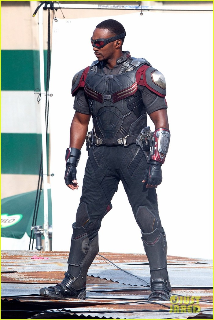 chris-evans-anthony-mackie-get-to-action-captain-america-civil-war-08